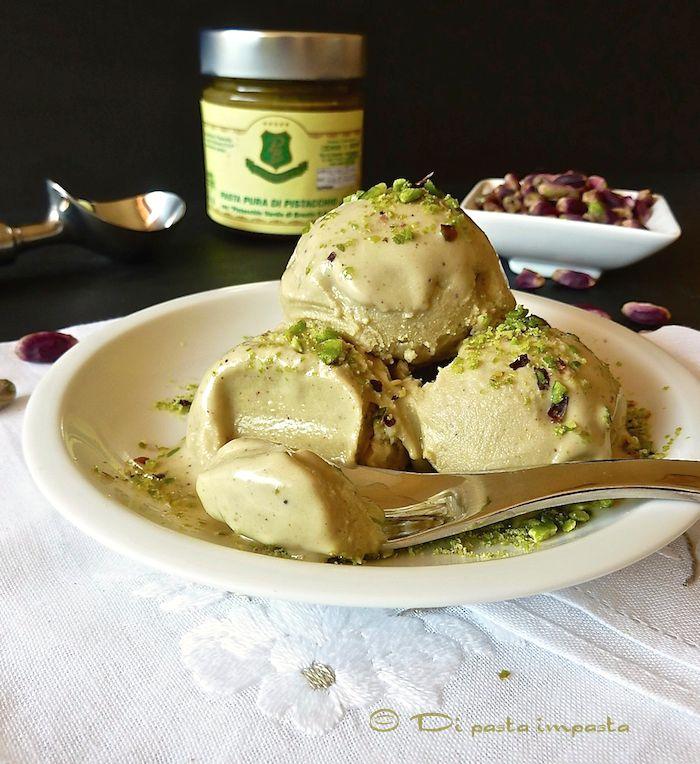 Pistachio ice cream | Gelato al pistacchio di Bronte