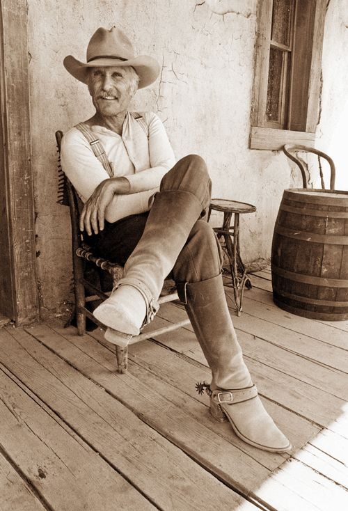 Augustus McCrae will always be my favorite make-believe cowboy <3 (Robert Duvall - Lonesome Dove) HE WAS SUCH A MESS!!