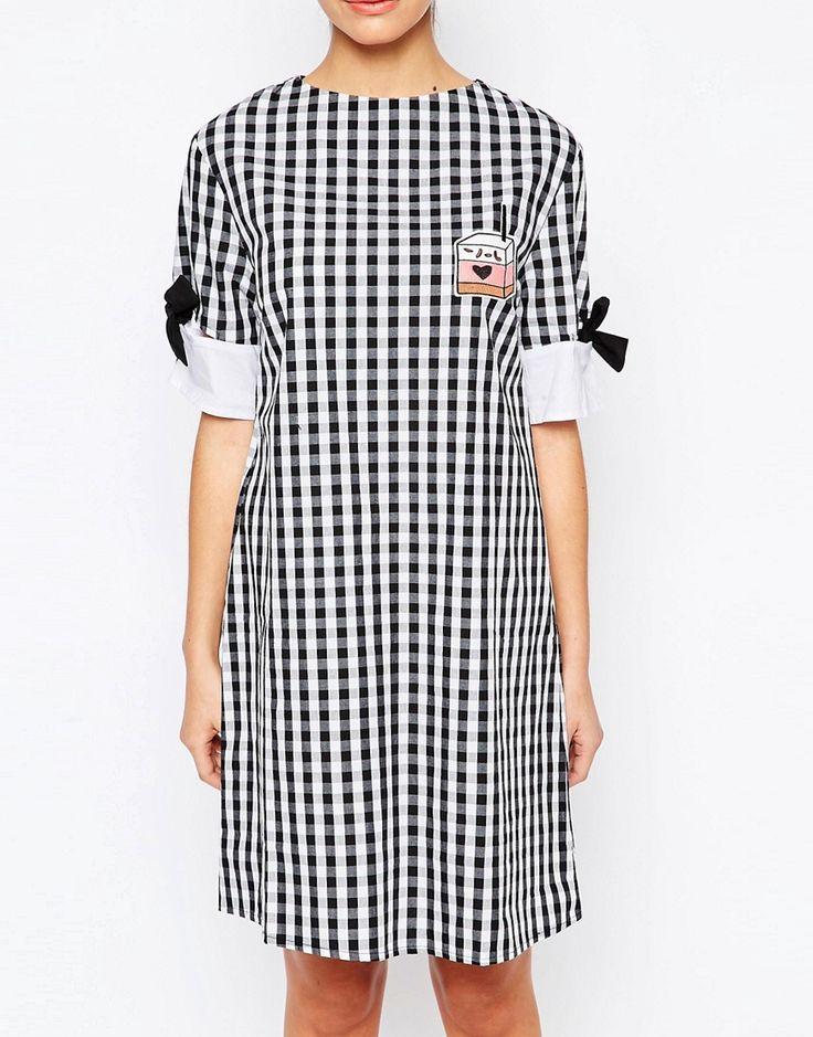Изображение 3 из Платье-футболка мини с бантиками на рукавах The WhitePepper