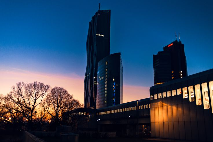 Sunset in Wien, Austria -  Photography by : Alexandru Chitu ;   1. www.facebook.com/alex.chituphoto/  ; 2. www.alexchitu.ro