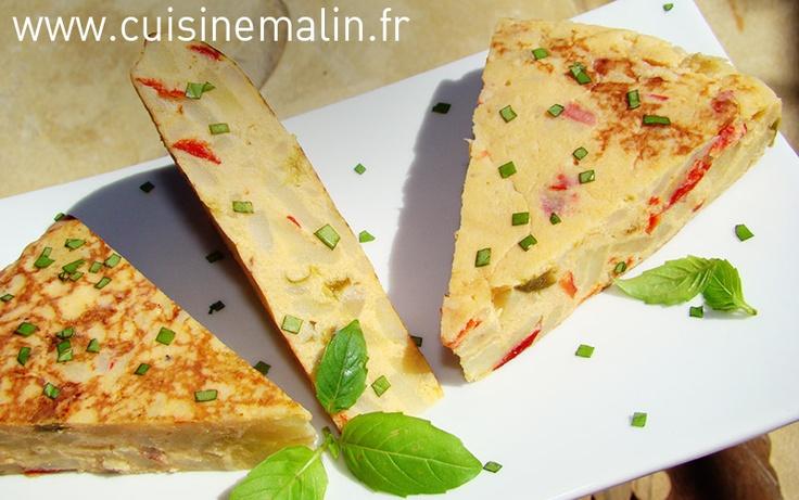 Tortilla,tapas, eggs, potato, onion, red pepper, pepper,  http://www.cuisinemalin.fr/tortilla-malin