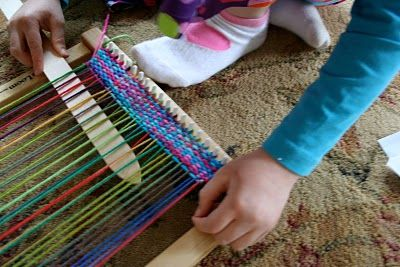 great list of recommended art supplies for school age children (5-12) // pink and green mama