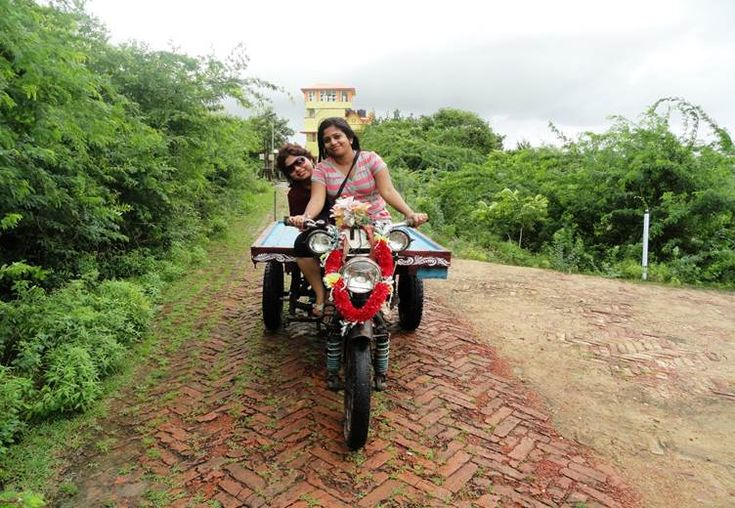 Sudipta and Sohini happens to be colleagues and travel buddies. Early this year Sudipta was planning a backpacking trip to North Bengal with a friend, Read More