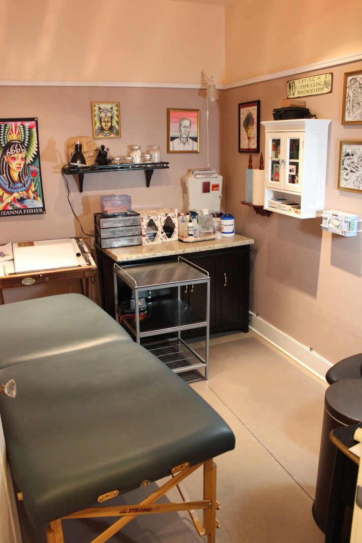 Suzanna Fisher's tattoo room at Damask Tattoo - In this room.. amazing things happen. And hopefully, in the not too distant future, there will be more of it!