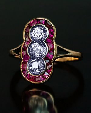 Belle Époque Antique Russian Three Stone Diamond and Ruby Cluster Riing made in St Petersburg between 1908 and 1917
