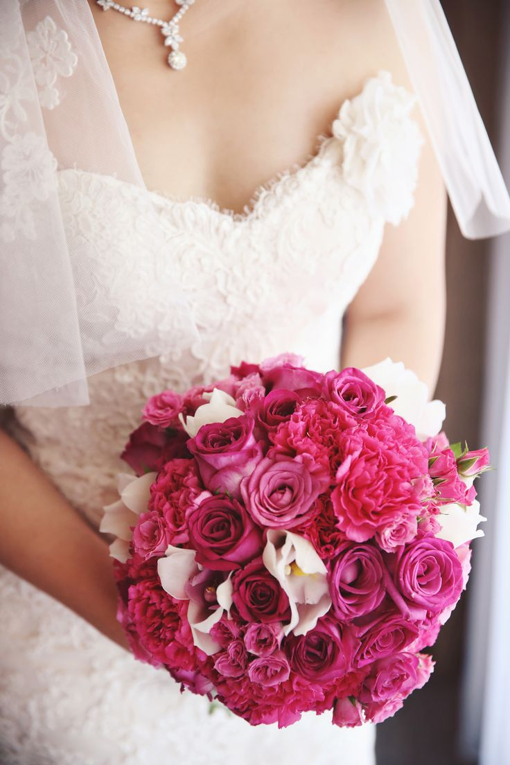 A pink bouquet is always perfect | Photography: Andry
