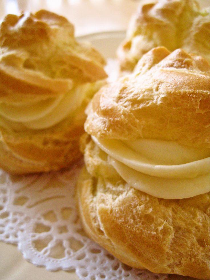 homemade puff cream with custuard http://cookpad.com/recipe/464088