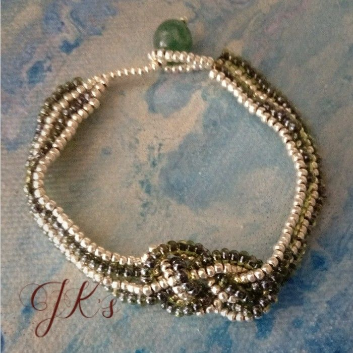 Handmade bracelet with Czech beads and miyuki