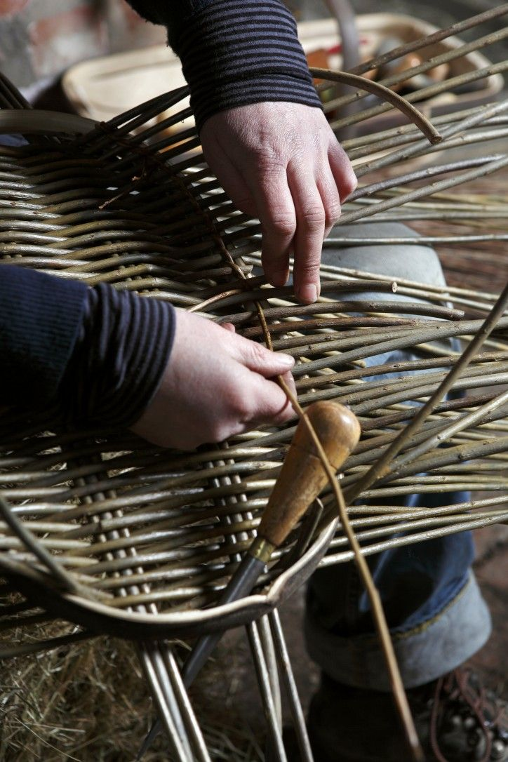 A Modern Basket Maker, Annemarie O'Sullivan. A story by The New Craftsmen