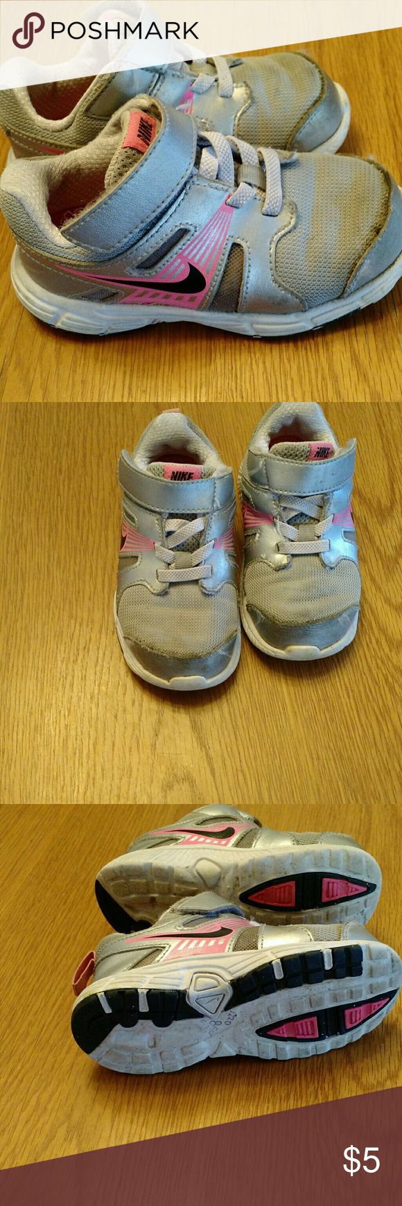 Toddler nike shoes Size 8 girl's Nike shoes decent condition Nike Shoes Sneakers