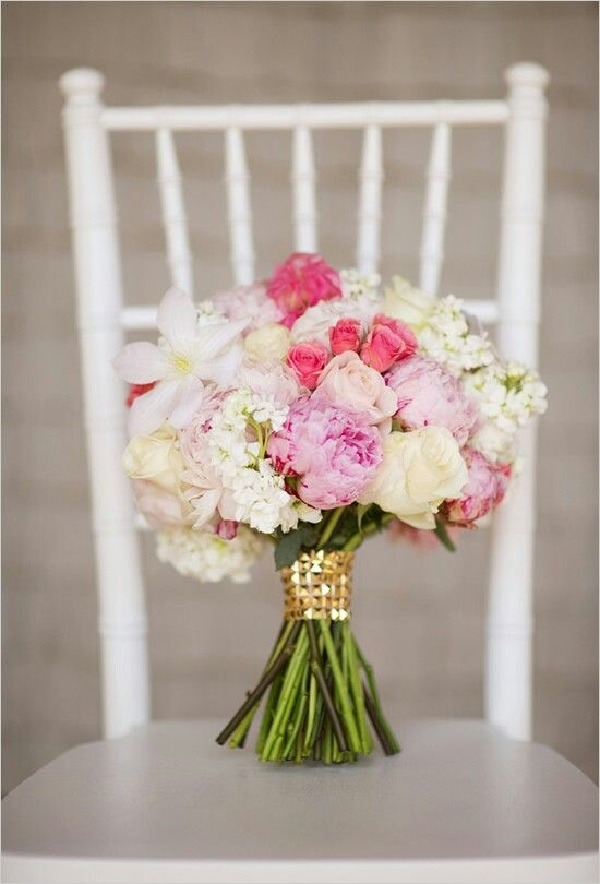 """Wonderful Round Bouquet With Pastel Violet Peonies, Ivory Roses, Blush """"Antique"""" Roses, Hot Pink Spray Roses, Hot Pink Ranunculus, White Lilac, & Light Lavender Clematis****"""