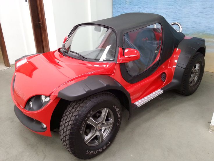 Super Buggy - the new Generation, made in Brazil with VW Golf motor+gearbox, flex-fuel and with a indestructible proprietary steel chassis.