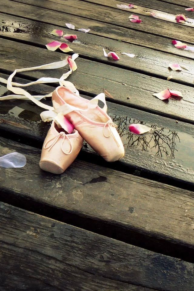 18 best Dance Wallpapers images on Pinterest | Pointe ...