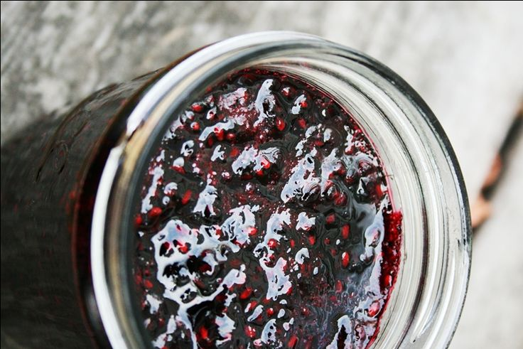 Blackberry jam, no pectin needed!  I add a small dollop of butter to keep the fruit from forming.  This recipe only makes one jar, so if you plan on eating it right away, you don't need to go through the whole canning process.  Just make sure your jar is clean and hot (to prevent cracking) from your dish machine before you put your jam in it.  Once your jam cools, put it in the fridge.  Voila.