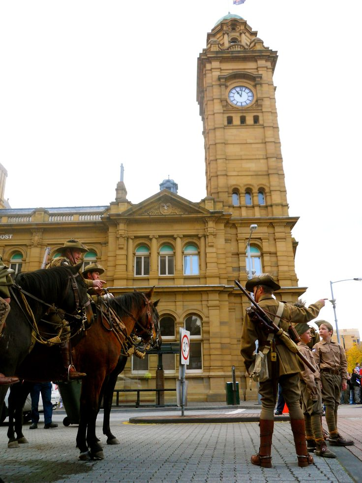 Anzac Day celebrations in Hobart The parade