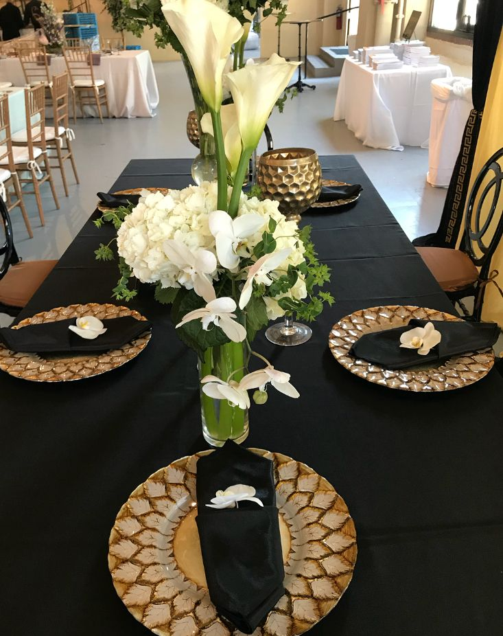 Guest Table For The Fake Wedding In Philadelphia Pa Fl Decor