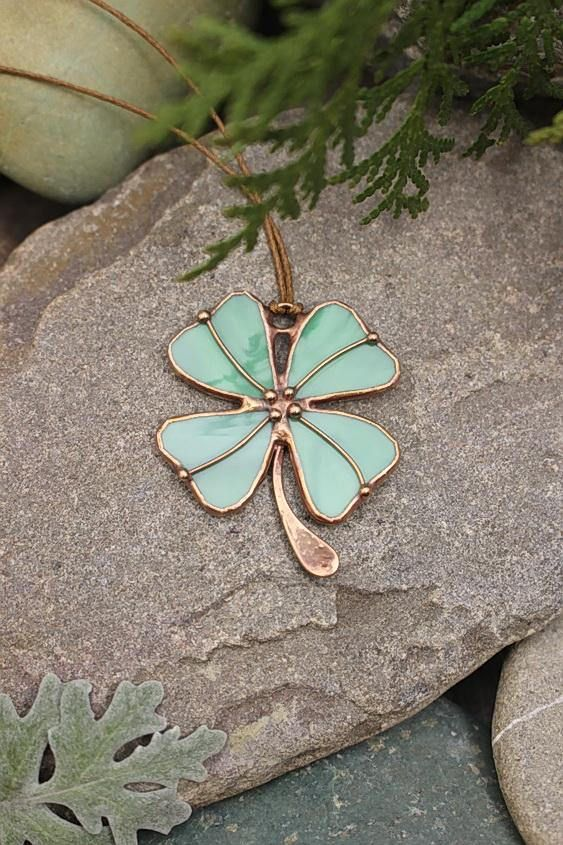 Four leaf clover pendant, Green Shamrock, St. Patricks Day, Lucky Clover, Irish St patricks day pendant, Green Clover Celebration, jewerly irish It is handcrafted exclusive design pendant made from stained glass and patinated copper. Made with classical t