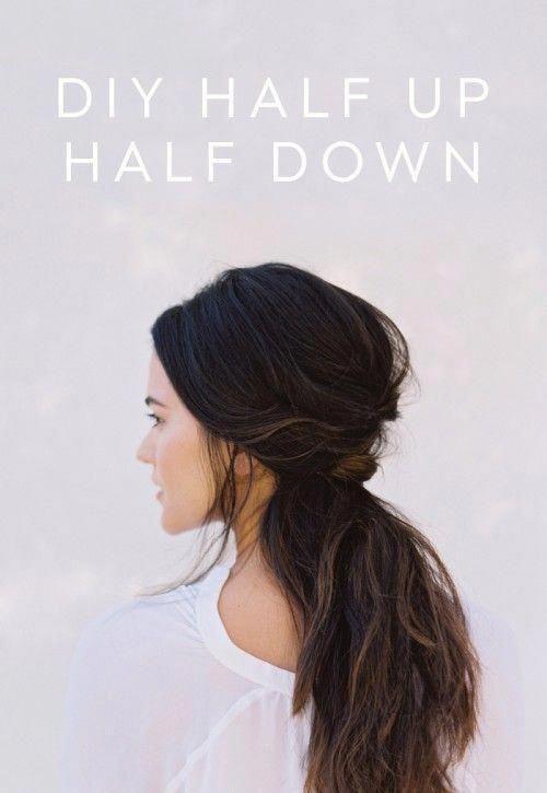 Chic And Messy DIY Half Up Half Down Wedding Hairstyle | Weddingomania #weddinghairstyleshalfuphalfdown #Diyhairstyles