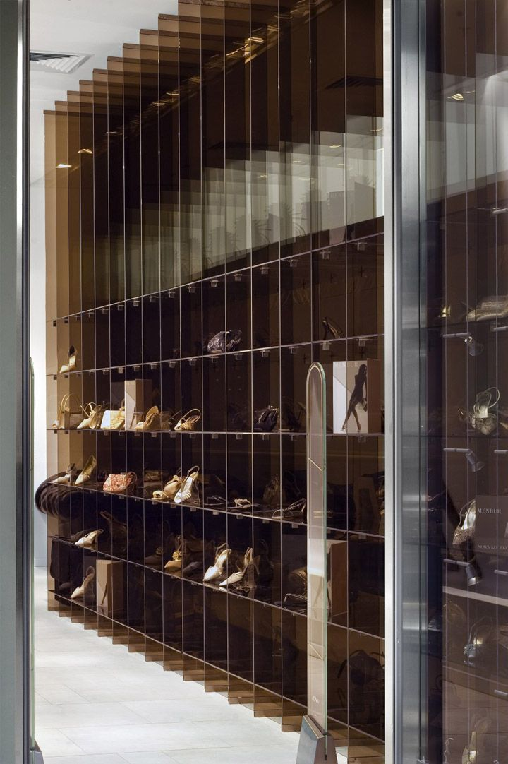 Menbur and Pilar Abril concept store by A+D design, Warsaw store design