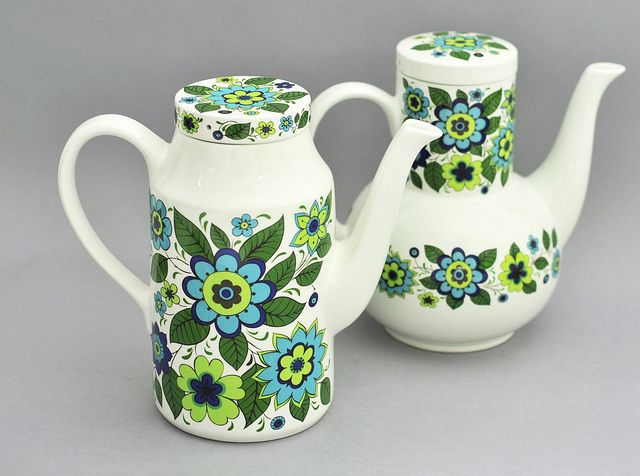 Jessie Tait variations for Midwinter Pottery by robmcrorie, via Flickr - I'm lucky to have plates and a tureen in this gorgeous pattern