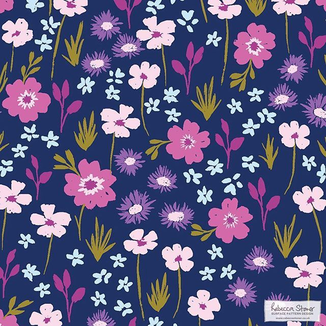 A peek at one of my many new patterns that will be in my portfolio at #surtex in a few weeks with my agent MHS Licensing on stand 2824. Not long to go now peeps! #ditsy #ditsyfloral #surfacepattern