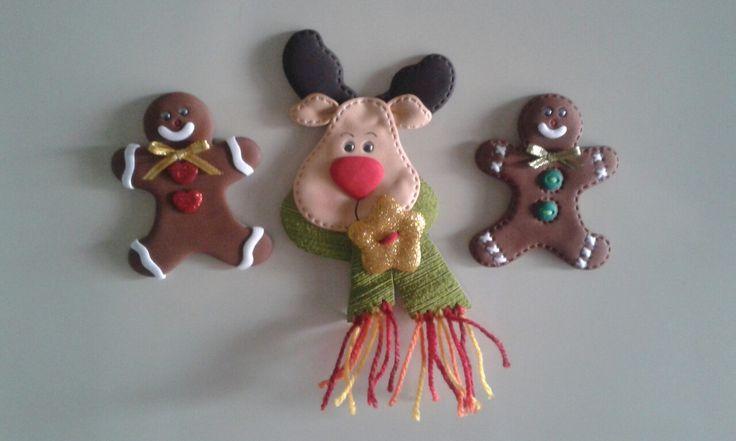 Imánes para decorar la nevera, elaborados con foamy.