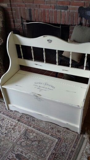French Country Deacons Bench