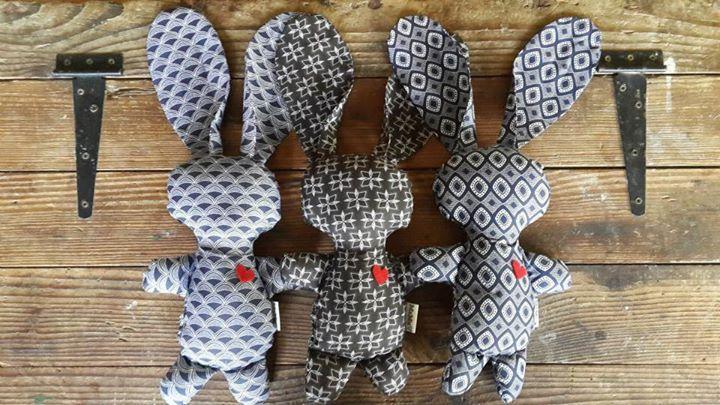 Shwe Shwe Bunny Family