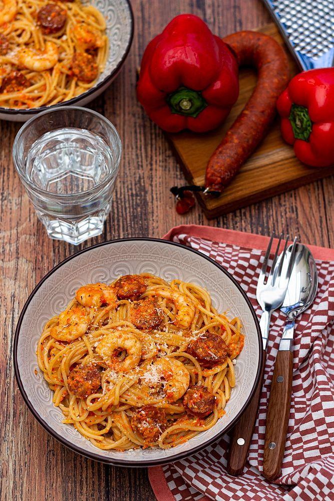 Spaghetti à la crème de poivron, chorizo et crevettes – #à #chorizo #Crème #…