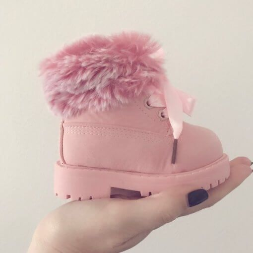 LIMITED SIZES REMAINING! Shop here ️ https://www.ittybitty.co.uk/product/itty-bitty-limited-edition-pink-winter-fur-boots/ PayPal or Credit/Debit card Secure website Worldwide shipping #parenting #kids #baby #parents #children #mumlife #mum #parenthood #fatherhood #mummy #toddler #babygirl #blogger #daughter #babygirl
