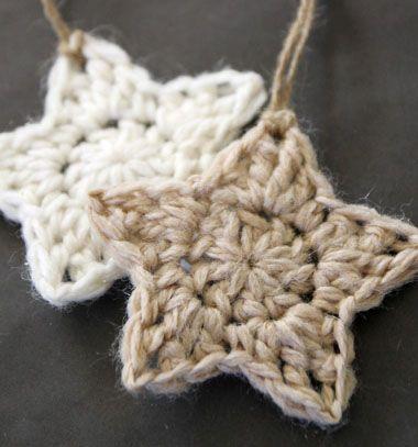 Crocheted stars - christmas tree ornaments / Horgolt csillagok / Mindy