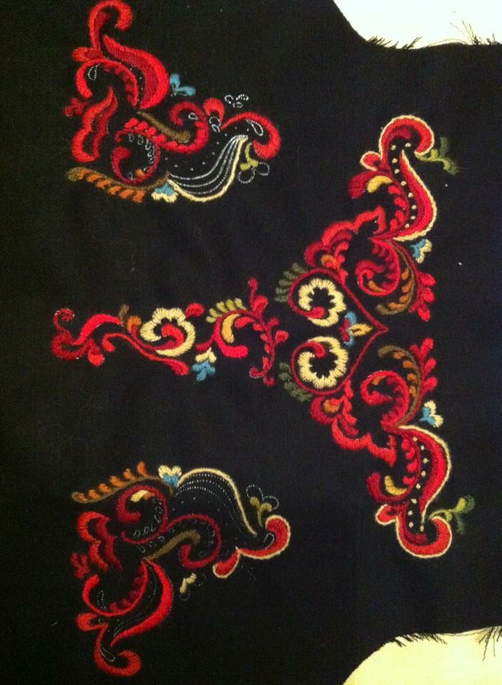 Back of Norwegian national costume from Telemark. Making this for my daughter. Embroidery, wool.
