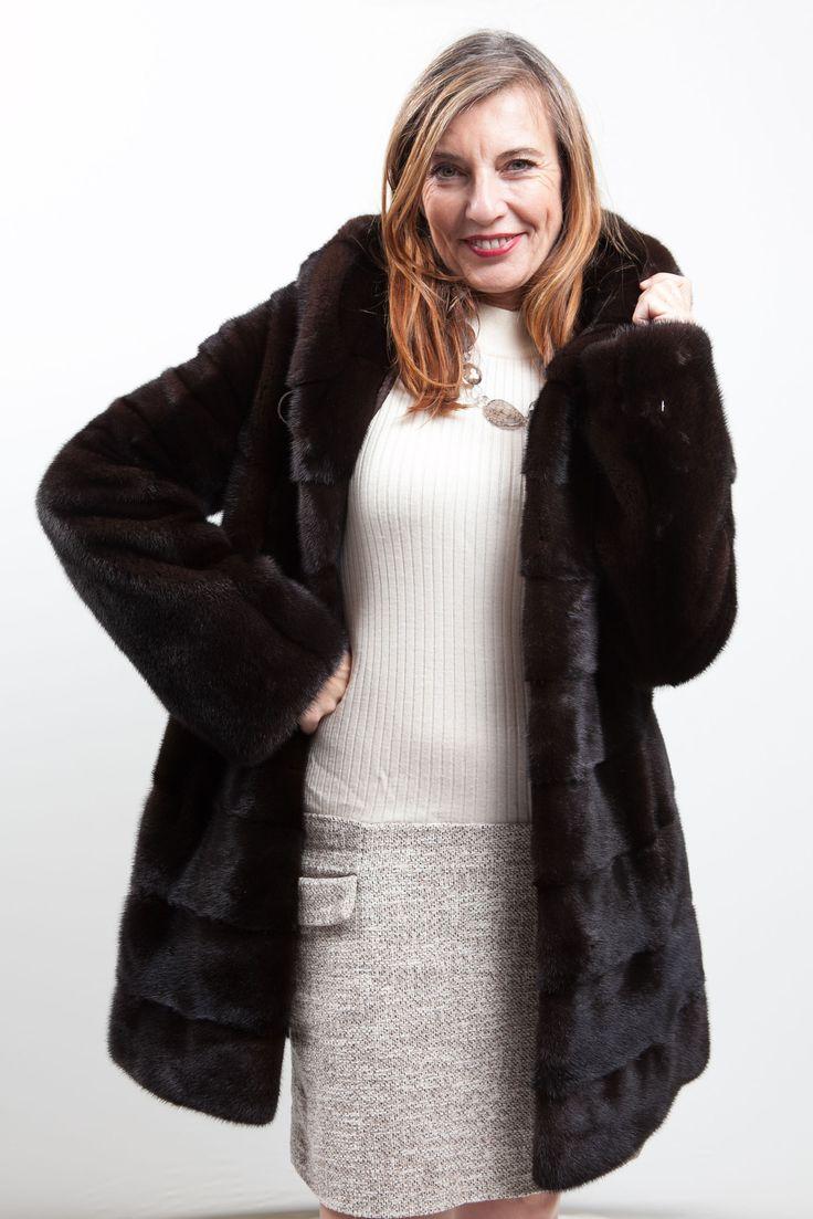 Manteau de Vison Marron à capuche Royal Saga Furs