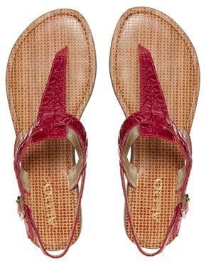 Aldo Maranville Fuschia Leather Flat Sandal