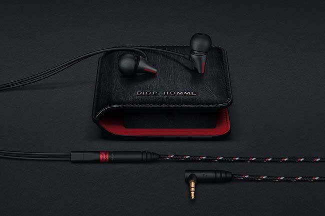 Dior Homme has stepped into the mix with Sennheiser.   #Sennheiser #DiorHomme #Dior #ArtBasel