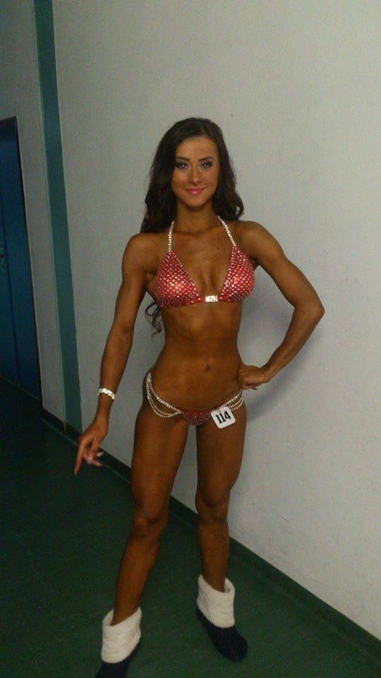 Denisa Knaperková Bikini Fitness členka NUTRISPORT temu