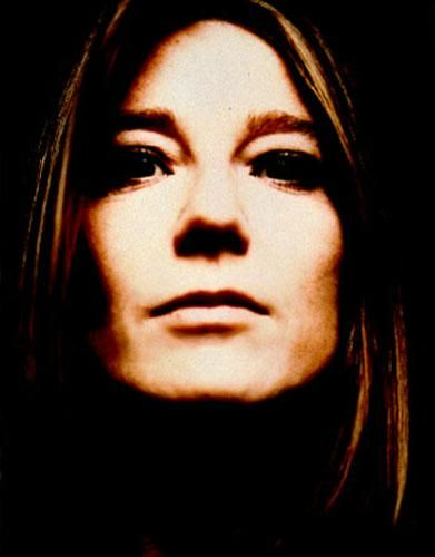 Beth Gibbons, Portishead- Changing the face of female front ladies :)    I would love to see her perform.  #music #portishead #women