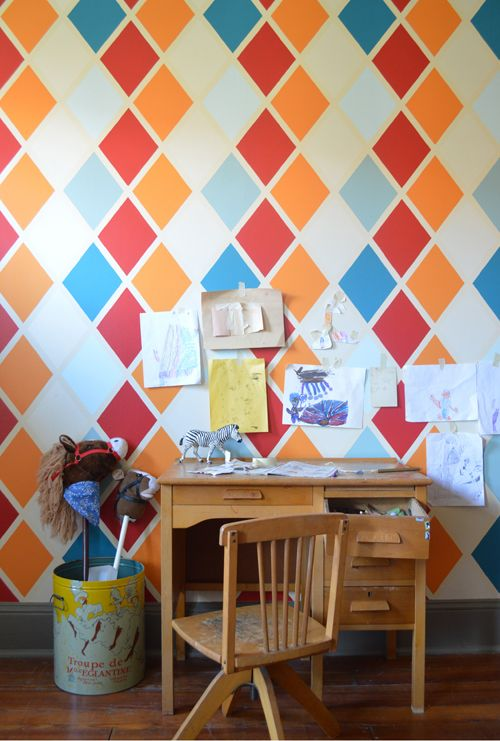 Design Inspiration: Geometric Graphic Painted Wall DIY Projects Part 92