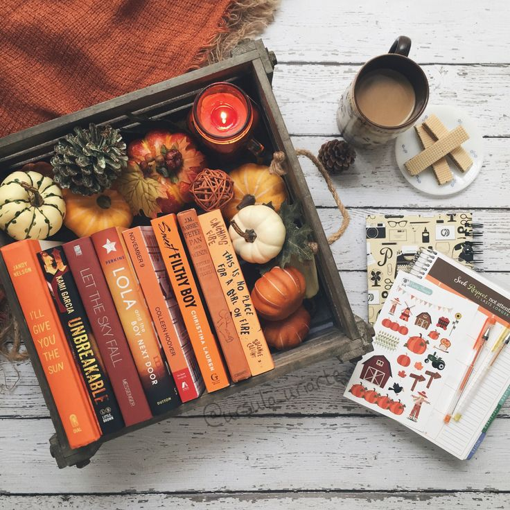Autumn, a time of beautiful colours and beautiful #books.