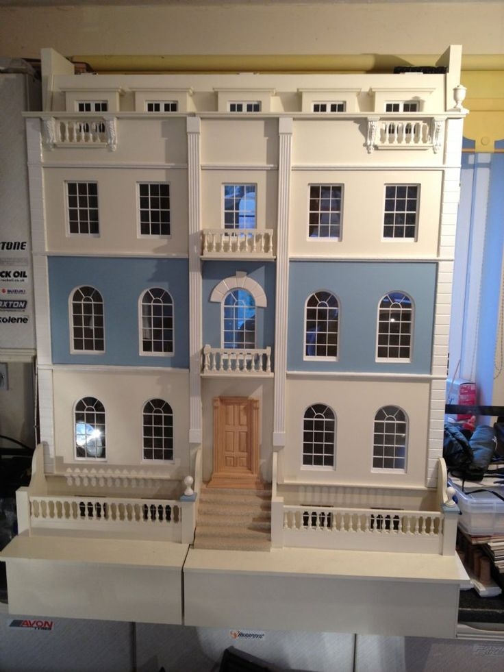 For Sale - Huge craftsman made Georgian dolls house for sale - The Dolls House Exchange (jt-like the pretty blue/cream combination) pic 2/2