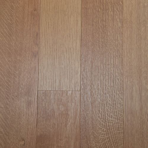 As a custom hardwood floor specialist, Oak & Broad can create your floors to virtually any specification. Multiple hardwood flooring types to choose from