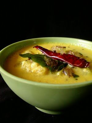Indian Cuisine: Vellarikka Pulissery | Onam Sadhya Recipes