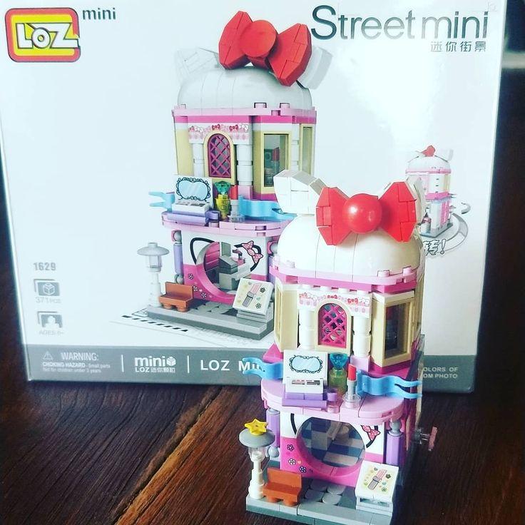 Endlich fertig mein Mini Lego Street Hallo Kitty! Versuchung, die Starbucks … – Aesthetic