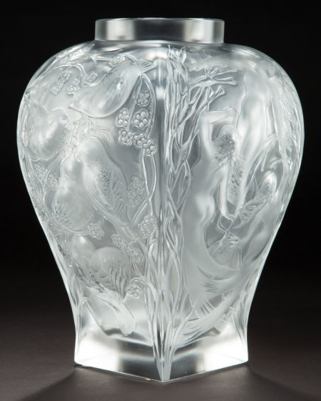 A cased lalique clear and frosted glass vase homage lalique wingen sur mode - Usine lalique wingen sur moder ...