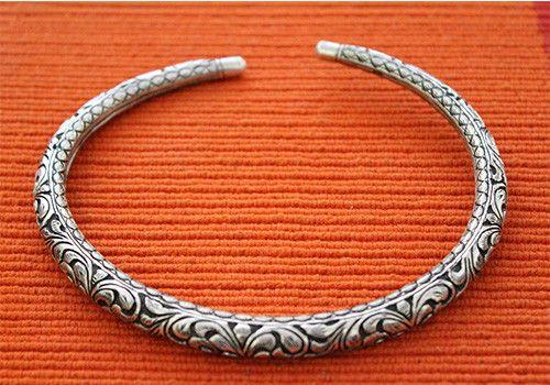 925 Silver Hasli Necklace – Desically Ethnic
