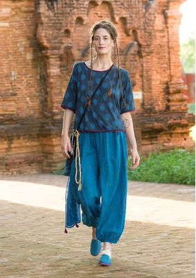 """#Myanmar mit #gudrunsjödén - Durch die Inspiration des Landes hat Gudrun diese luftige Hose """"Rice"""" aus Öko-Baumwolle geschaffen. Perfekt für deine #Reise in das bezaubernde Land! http://www.gudrunsjoeden.de/mode/produkte/hosen"""