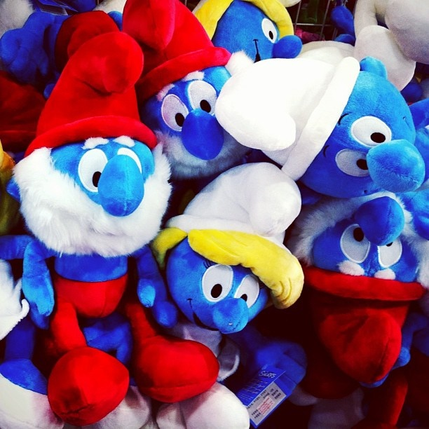 Just spotted these at Toys R'Us! Smurfs are ready for Christmas!