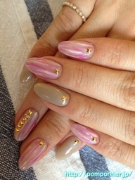 Fall Nail | Nail vertical tie dye pattern of autumnal color matching    秋らしい色あわせの縦のタイダイ模様ネイル|秋ネイル    名古屋 ネイルサロン ポンポネ