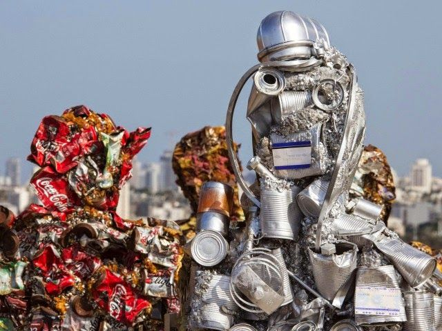 Trash People Installation by Ha Schult | The Real Design Inspiration
