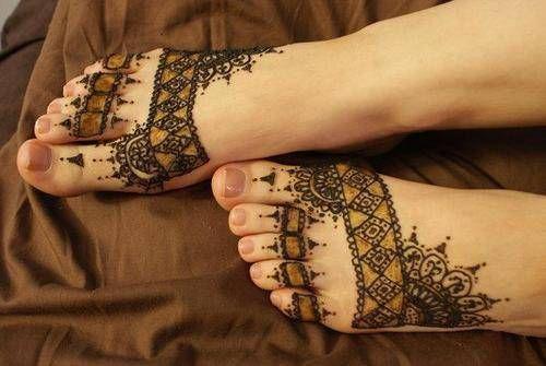 nice Nice Feets Border Mehndi Designs for Wedding 2014